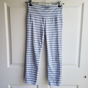 Athleta Gray Striped Chaturanga Capri Crop Size XS